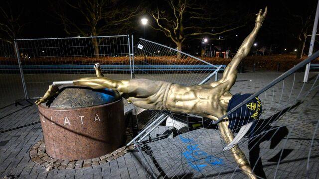 Odcięty nos, odpiłowane nogi. Pomnik Ibrahimovicia przewrócony i usunięty
