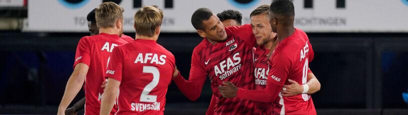 Trzynastu piłkarzy zakażonych.  AZ Alkmaar i tak jedzie na mecz