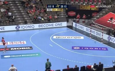Trzy szybkie gole do pustej bramki. THW Kiel wykorzystało taktykę Aalborga