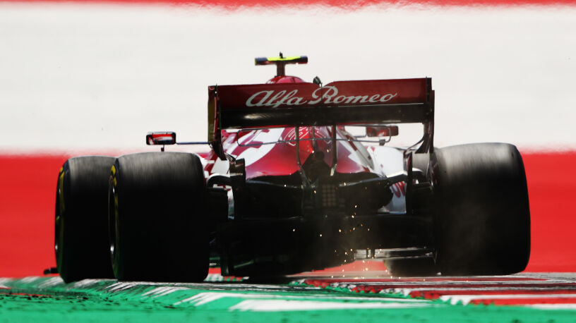 Robert Kubica bez powodów do radości. Trening przed GP Styrii dla Sergio Pereza
