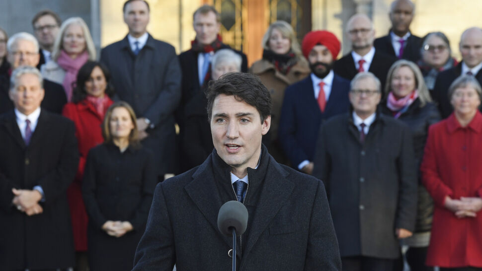Siedem nowych twarzy, połowa tek dla kobiet. Justin Trudeau przedstawił swój gabinet
