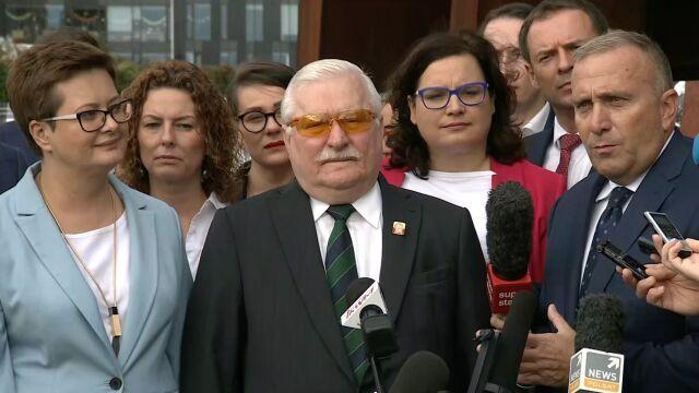 """""""Dyskutujmy, jak ma wyglądać Polska"""". Wałęsa, Schetyna i Lubnauer na wspólnej konferencji"""