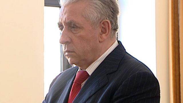 Prokuratura: na sznurze tylko ślady Leppera