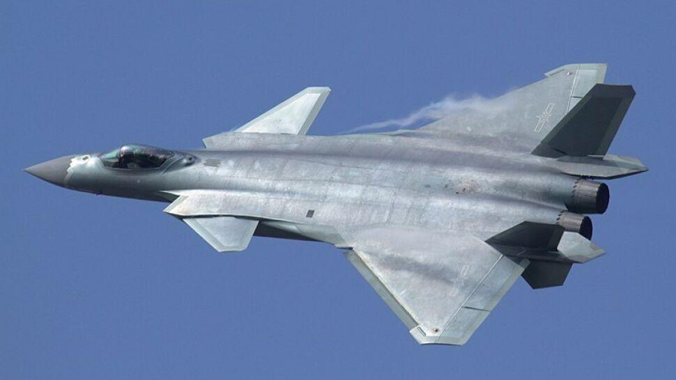 """""""Być może Chiny będą musiały teraz prosić o pomoc Rosjan"""". Problemy myśliwca"""