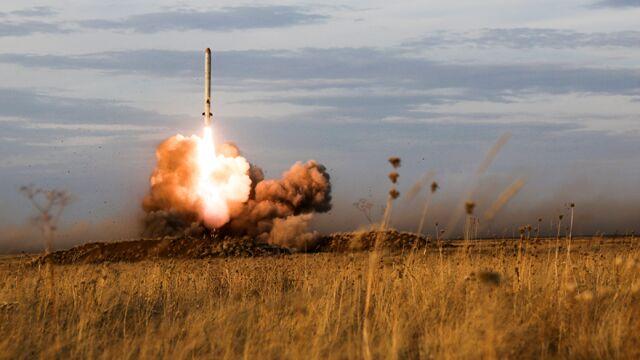 Termin minął, USA wycofały się z układu INF. Rosja: nigdy nie przegramy wyścigu zbrojeń