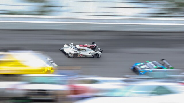 Dramat kierowców Cadillaca w końcówce wyścigu Daytona 24