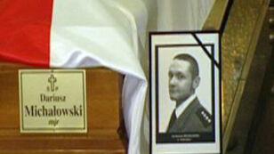 Minister Miller żegna majora Dariusza Michałowskiego