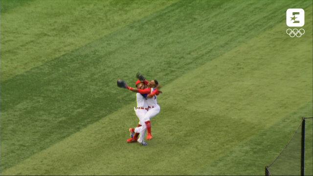 Tokio. Dwóch baseballistów Dominikany zderzyło się głowami