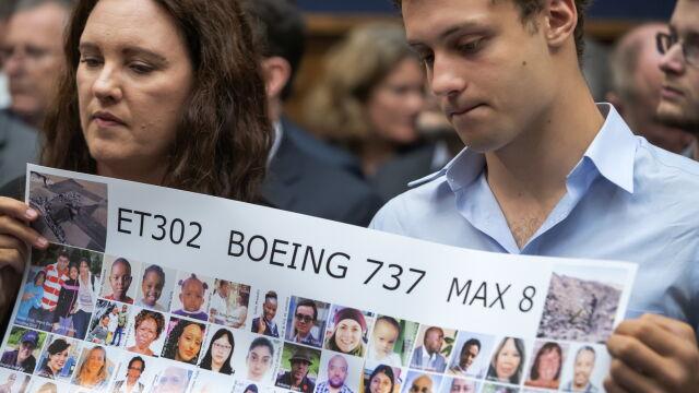 Boeing zawiera pierwsze ugody. Miliony dla rodzin ofiar katastrof