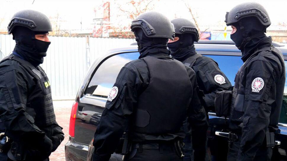 Dwóch agentów CBA zatrzymanych przez CBA. Usłyszeli zarzuty