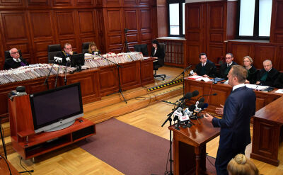 Tusk zeznaje przed sądem w procesie Arabskiego