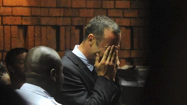 Pistorius z zarzutem morderstwa.  Prokurator: działał z premedytacją