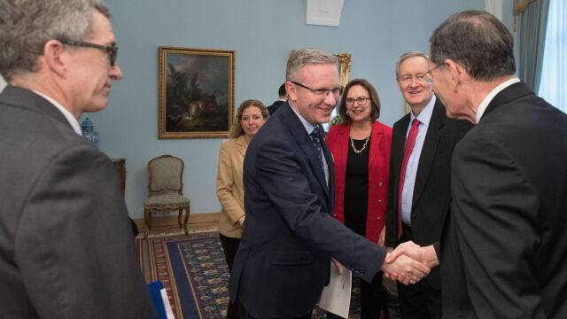 Amerykańcy kongresmeni w Warszawie. Wśród tematów obecność wojsk USA