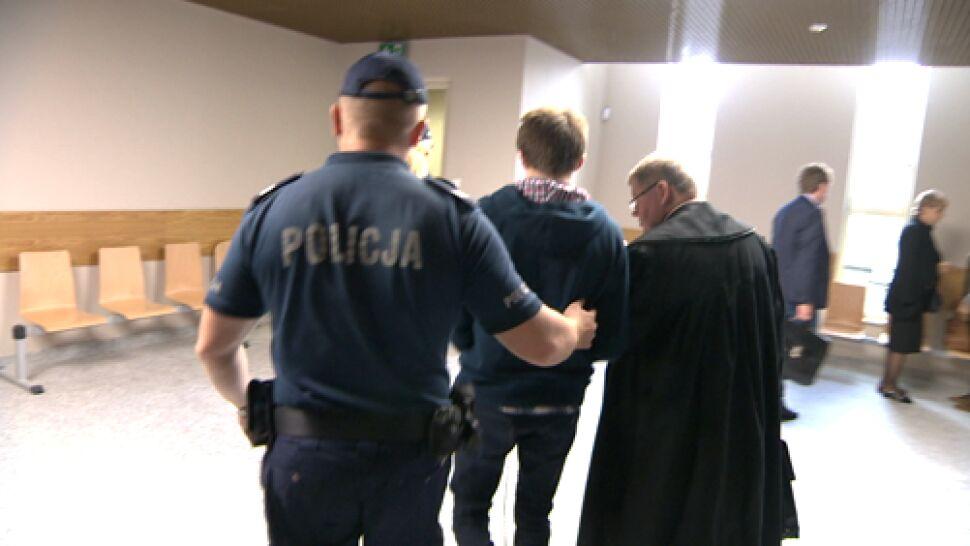 Zadał matce kilkadziesiąt ciosów nożem. Syn wiceszefowej krakowskiej prokuratury skazany