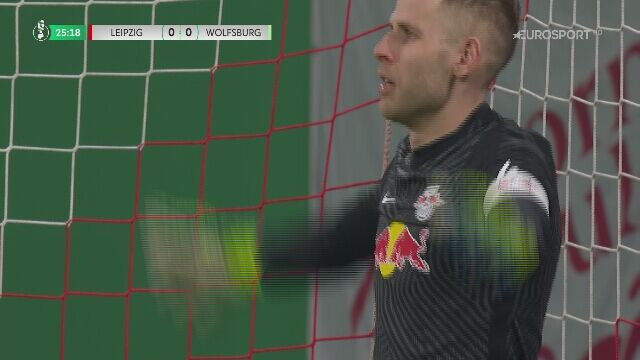 Puchar Niemiec. RB Lipsk - Wolfsburg. Niewykorzystany karny Wout Weghorst