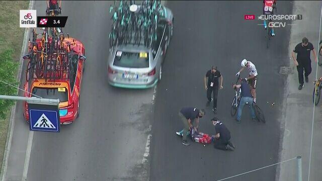 Kraksa w końcówce 5. etapu Giro. Landa i Dombrowski poszkodowani