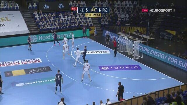 Niklas Landin na fali. Dwie obrony w meczu THW - PSG