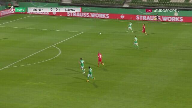 Kolejne szczęście Werderu. RB Lipsk trafia w słupek