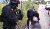 Zajechali dilerowi drogę i wyskoczyli z wymierzoną bronią