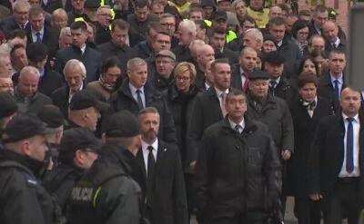 Siedem lat temu para prezydencka spoczęła na Wawelu. Uroczystości w Krakowie