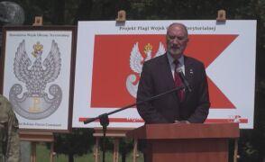 Antonii Macierewicz podczas uroczystości przejęcia przez DWOT tradycji AK