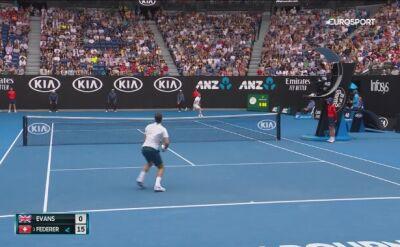 Broniący tytułu Federer awansował do trzeciej rundy