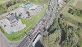 Wideo z drona: kolizja trzech aut i gigantyczny korek na DK1