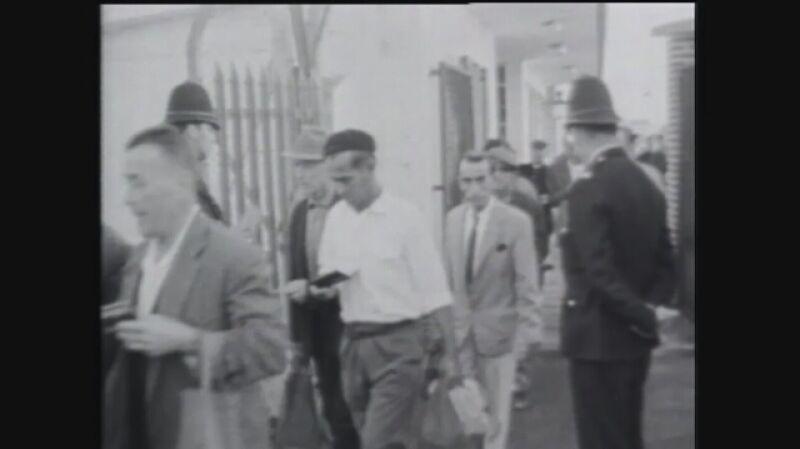 Hiszpanie idą do pracy na Gibraltarze. Maj 1966 r.