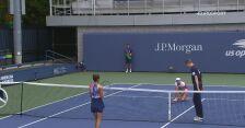 Najważniejsze wydarzenia z meczu Mertens - Grammatikopoulou w 2. rundzie US Open