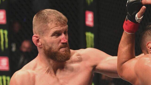 Jan Błachowicz zdobył pas UFC w wadze półciężkiej