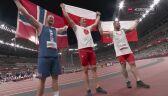 Tokio. Radość medalistów olimpijskich w rzucie młotem