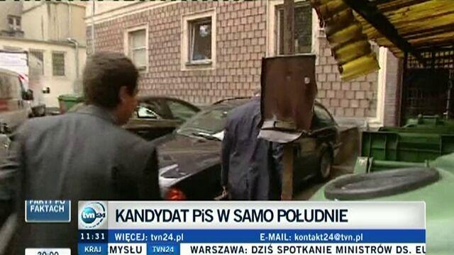 Piotr Gliński wchodzi do centrum prasowego na Foksal