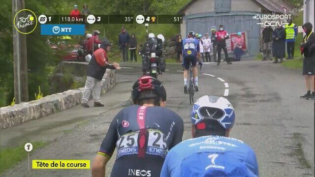 Michał Kwiatkowski na czele wyścigu na 16. etapie Tour de France