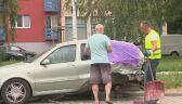 Zniszczył kilka zaparkowanych przy ulicy samochodów