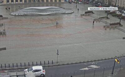 Dramatyczna wywrotka w centrum Łodzi