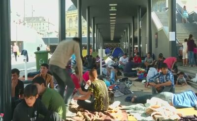 """Węgry. Migranci """"celowo pozbawiani żywności"""""""