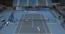 Tokio. Tenis: wymiana w 5. gemie miksta wygrana przez Światek i Kubota