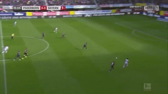 Pudło i gol Roberta Lewandowskiego w meczu z Paderborn