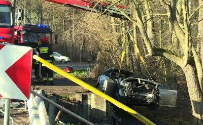 Samochód z pięcioma osobami wpadł do stawu. Wszyscy zginęli