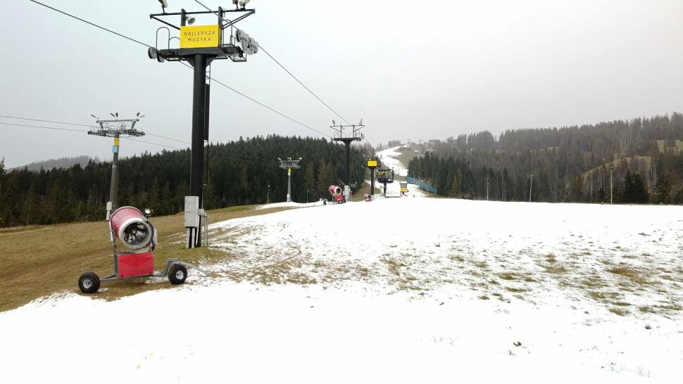 """Stoki jednak będą otwarte? Wicepremier zapowiada """"dobre wieści dla narciarzy"""""""