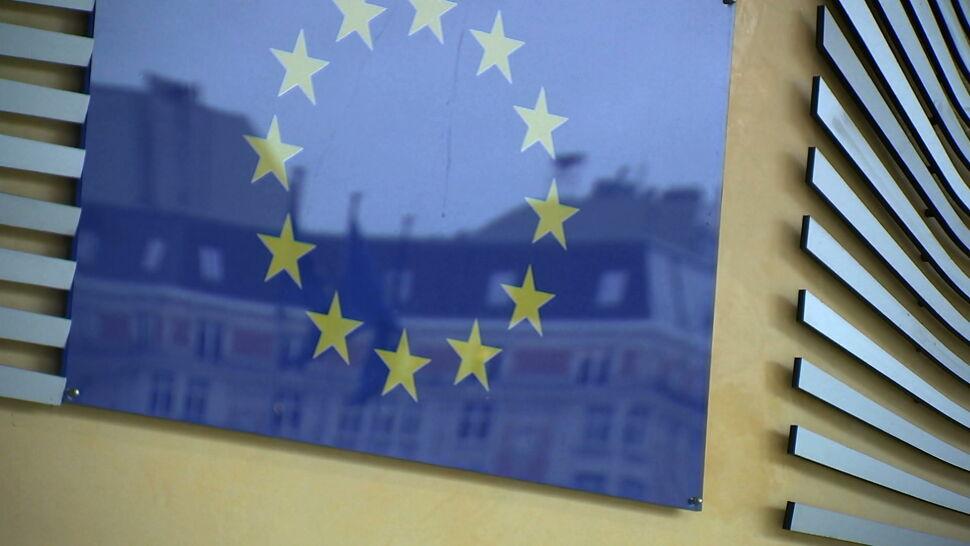 """Polsce grozi wariant brytyjski? """"Ziobro próbuje zmienić pogląd społeczeństwa na Unię Europejską"""""""
