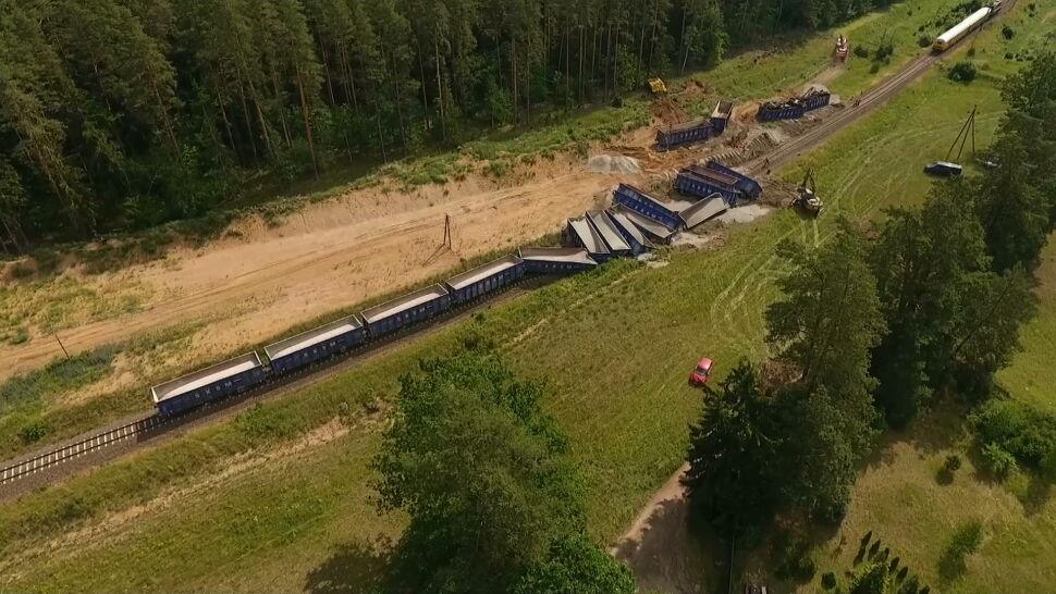Wykoleił się skład towarowy. Trasa kolejowa między Augustowem a Suwałkami zablokowana