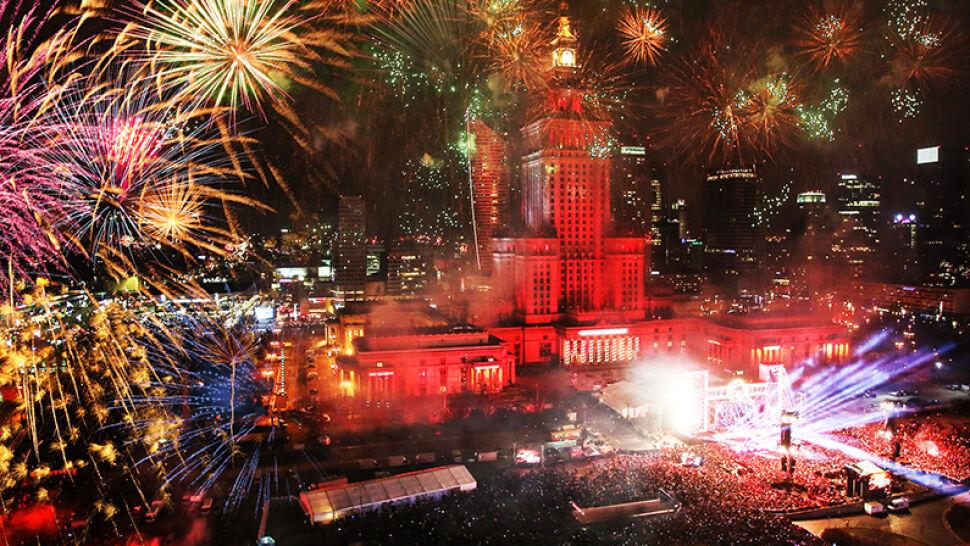 Na Placu Defilad, w domach i innych miejscach. Polacy przywitali nowy rok