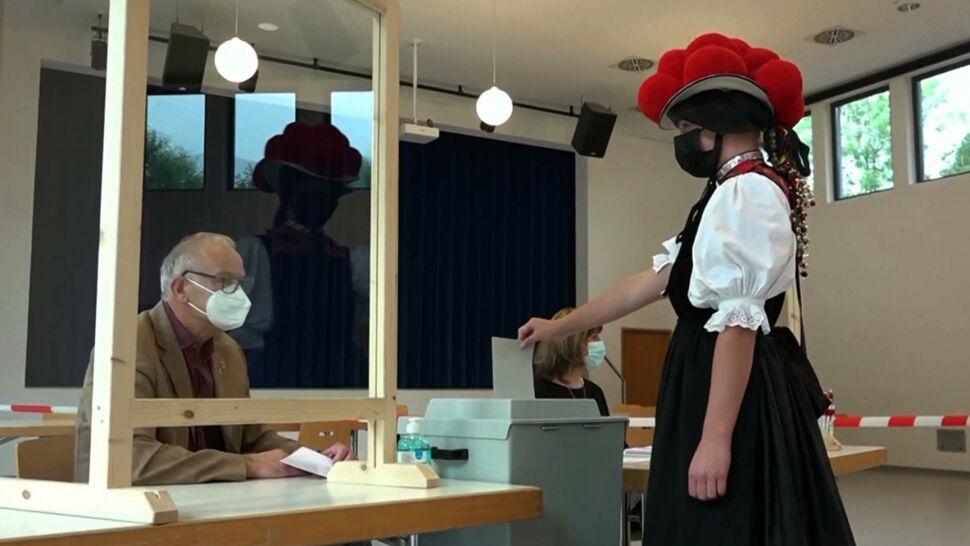 W Niemczech trwają wybory do Bundestagu. Kto zastąpi Angelę Merkel?