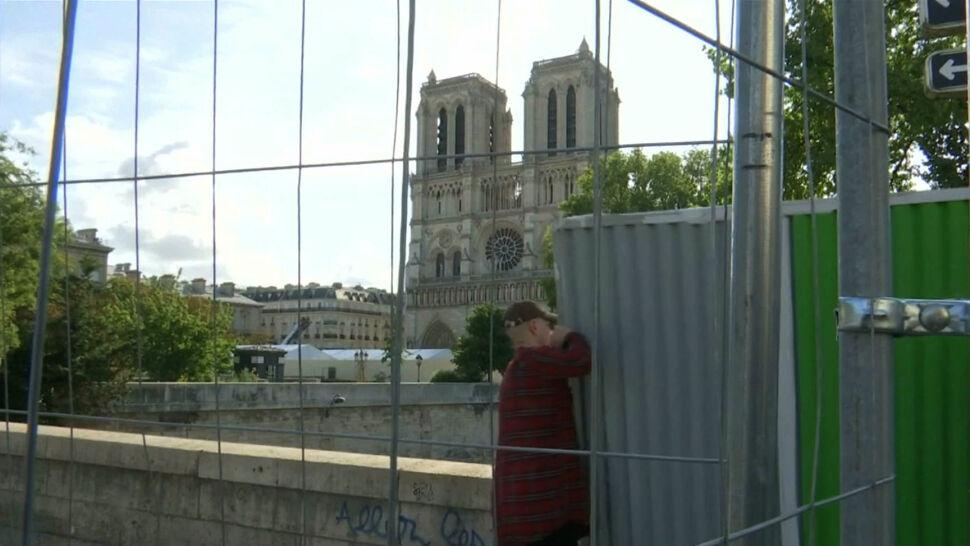 Ulice wokół Notre Dame zamknięte. Władze rozpoczęły odkażanie