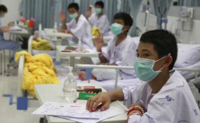 Chłopcy uratowani z jaskini niedługo opuszczą szpital