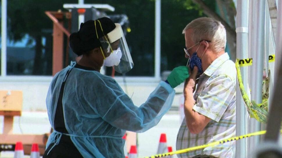 Rośnie liczba zgonów związanych z pandemią. Ponad jedna piąta dotyczy USA