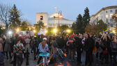 """""""Edukacja seksualna, a nie parafialna"""". Protest przed Sejmem"""