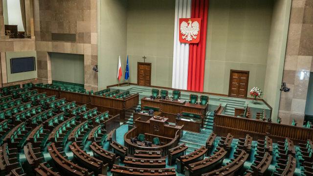 15.10.2019 | Sejm IX kadencji i Senat X kadencji. PKW podała mandaty i nazwiska parlamentarzystów