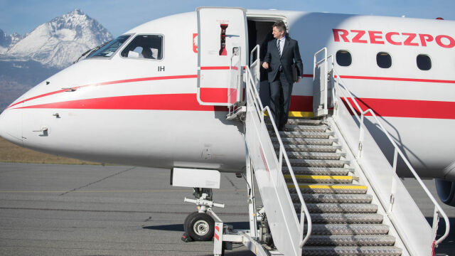Marshal of the Sejm Marek Kuchciński has quit after the scandal regarding official flights broke out (video from August 9)
